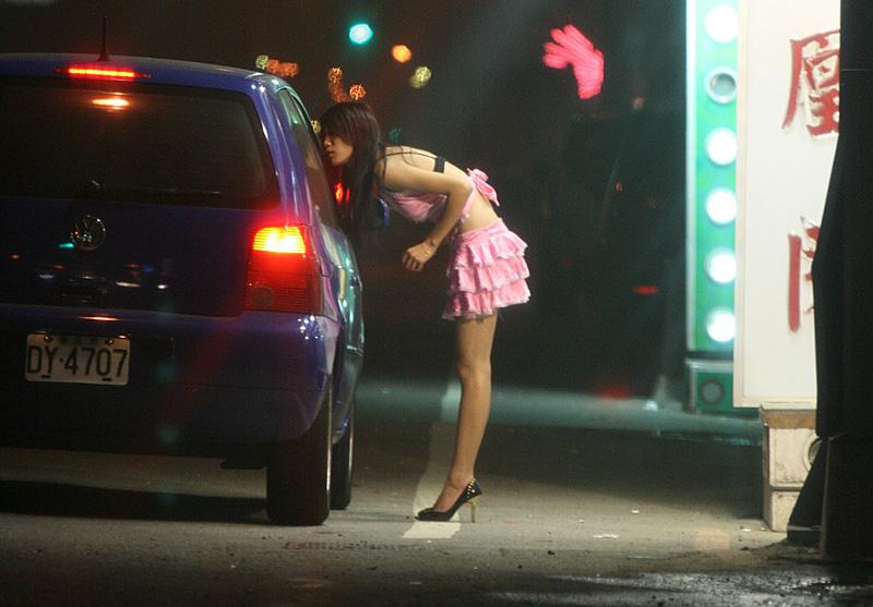 Может ли проститутка быть достойной матерью